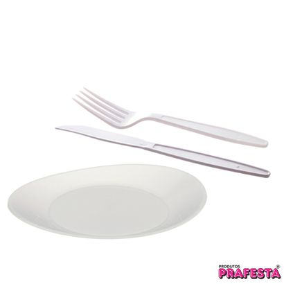 kit-churrasco-com-100-pratos-oval-branco-medio-50-garfos-master-e-50-facas-master
